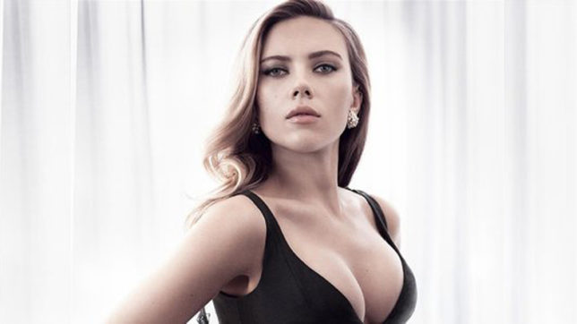 'Ghost in the Shell' actress Scarlett Johansson uncomfortable talking on wage issues