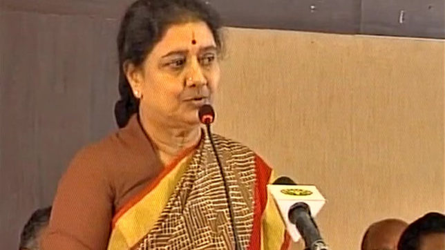 Before surrendering, Sasikala appoints 'loyalists' sacked by Jayalalithaa in AIADMK again