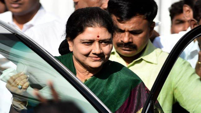 VK Sasikala's swearing-in deferred, Tamil Nadu Governor seeks AG's opinion