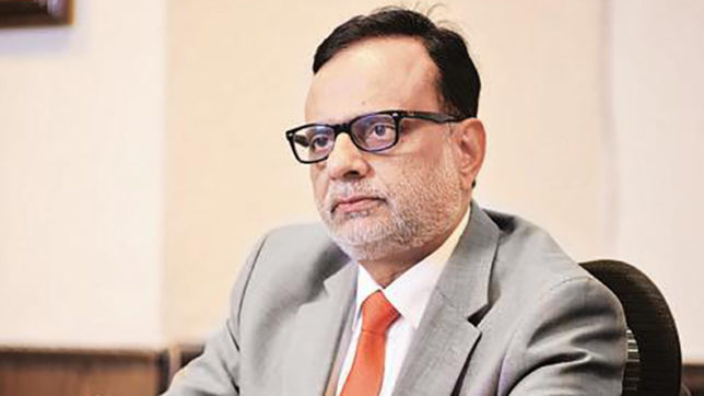 Traders of only petrol, diesel need not register under GST, says Hasmukh Adhia