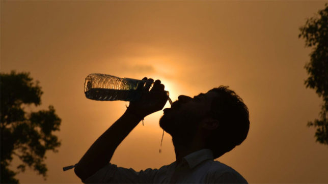Heat wave intensifies in UP, 2 dead