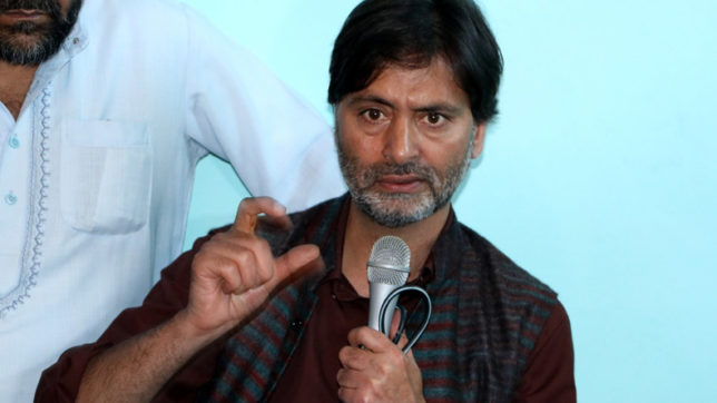 Yasin Malik says TV reporter barged into his bedroom, files complaint