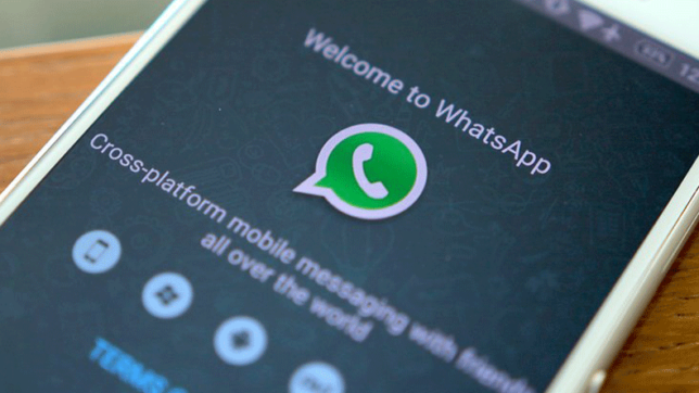 Socially Online - Twitter's new branding campaign; WhatsApp extends Blackberry support; & more