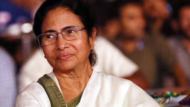 biography of mamta banerjee short Biography publications, poetry & paintings didi's diary chairperson mamata banerjee shows solidarity with land movement of tribals in jharkhand january 7, 2017.