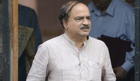 BJP's Ananth Kumar says Sonia Gandhi is weak in maths