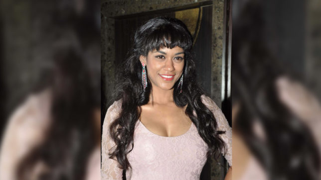 Actress Mumaith Khan grilled in drug case