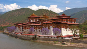 Bhutan, Thimphu, India, Travelogue, Shashi Tharoor, Namita Gokhale, Ruskin Bond, Mountain Echoes Literary Festival