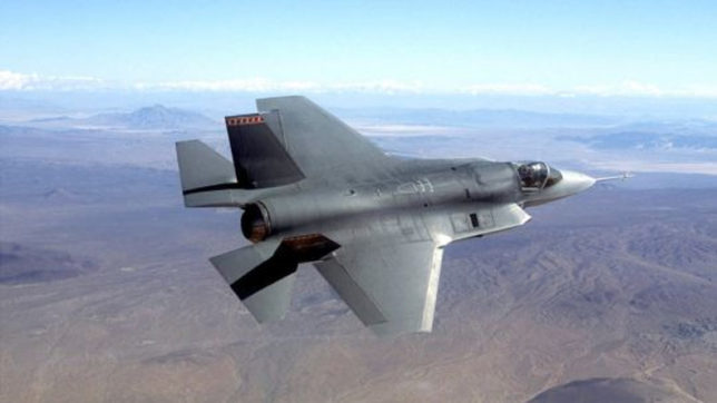 Israel signs deal to buy 17 additional F-35 warplanes