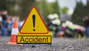5 college students killed, 26 others injured in accident on  Pune-Bengaluru Highway