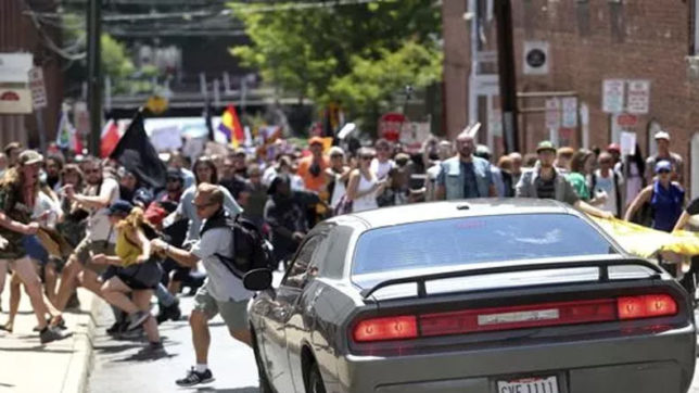 Facebook deletes Charlottesville viral attack links