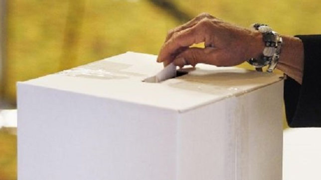 Following Gujarat controversy, EC to improve layout of RS polling stations