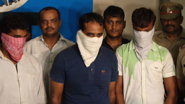 Dehradun: Two Indian Army Jawans arrested with heroin worth Rs 5 Cr