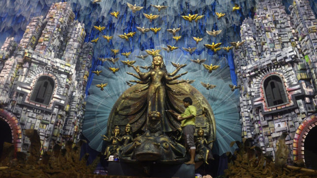 Durga Puja in Bengal with trans-boundary trysts and twists