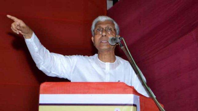 Plan panel's abolition;Tripura losing Rs 2,000cr annually: CM Manik Sarkar