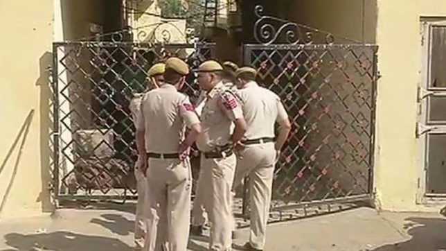 Delhi multiple killings: 4 women of a family, security guard stabbed to death at Mansarovar Park area