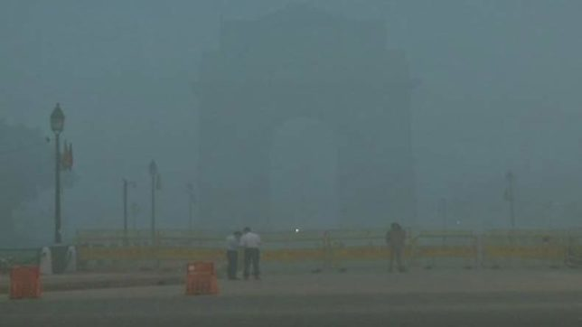 Delhiites wake up to thick smog — How does smog engulf Delhi, NCR?
