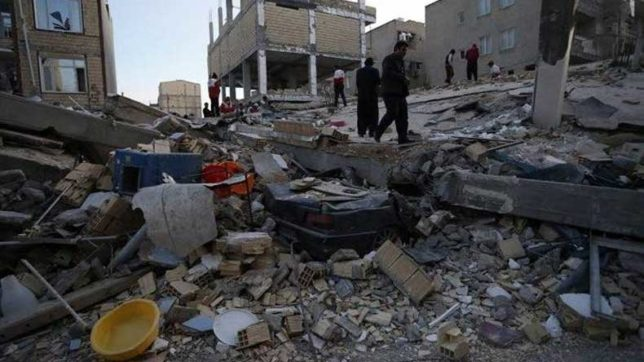 Iran-Iraq earthquake: Death toll reaches 422, thousands spend night in open