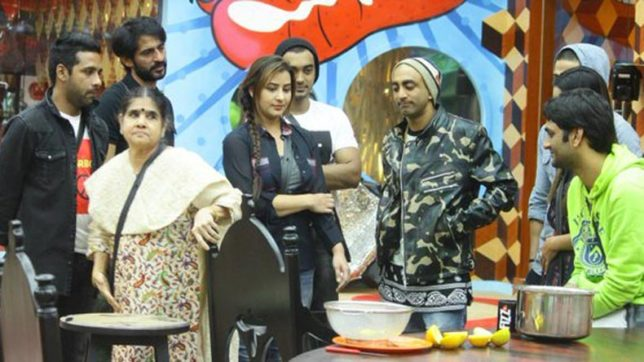 Bigg Boss 11 Day 66: Shilpa Shinde's mother and Puneesh's father enter the Bigg Boss house