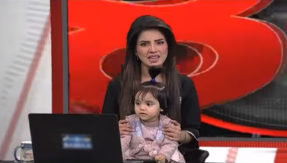 Pakistani TV anchor's unique protest against rape and murder of 8-year-old; goes on air with her little daughter