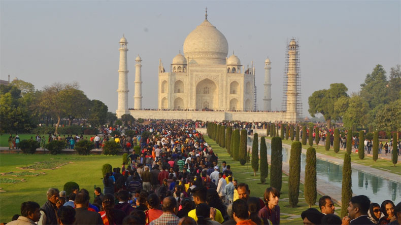Image result for Taj mahal crowd
