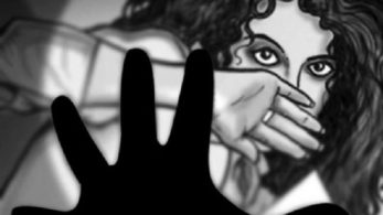 The assailant drew out a sharp-edged knife and inflicted a deep cut on the nine-month-old baby girl's leg to avenge his failed rape attempt | For pictorial representation only |