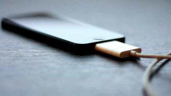 Smartphone, Battery, Charger, Smartphones Batteries, Voltage, Tips to save your Smartphone battery, Battery saving tips, technology news, latest news