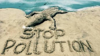 earth day,End Plastic Pollution,Sudarsan Pattnaik,Earth Day 2018, arth day, plastic, pollution, waste, earth day, earth day 2018, earth day , earth day india, earth day activities, earth day slogans, earth day images, what is earth day, climate change, environment protection, environment news , climate news