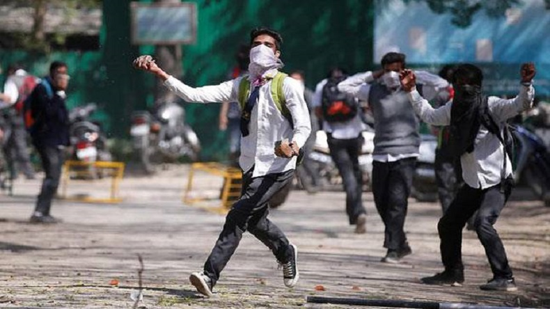 Kashmir, Valley, protests in Valley, students protest, Jammu and Kashmir, Kashmir, Srinagar, shopian, anantnag, encounters in south kashmir, CRPF, Indian army, terrorists killed, regional news, India news