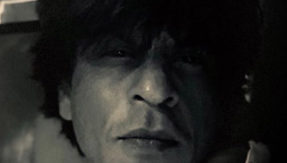 Watch Shah Rukh Khan's late night shoot at Marine Drive