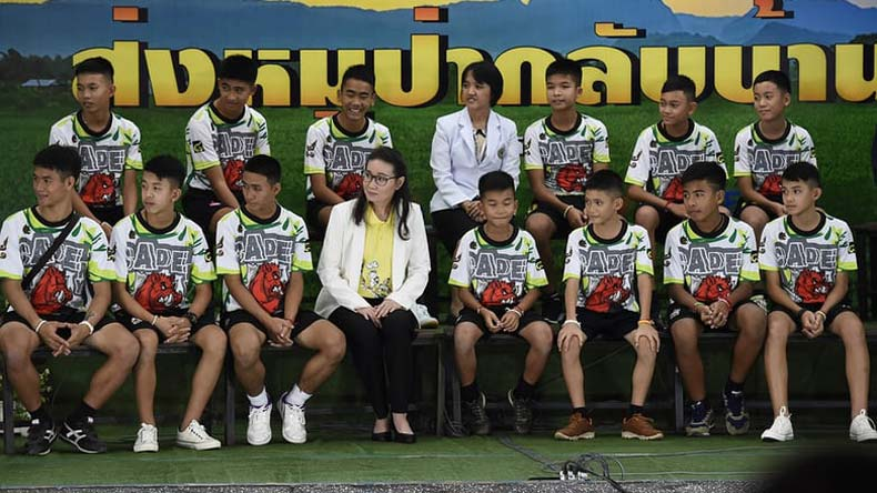 thai cave recsue, thailand rescue operation, thai boys, thai football team, junior football team thailand, 12 thai boys, thailand, tham luang cave