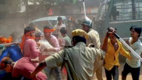 Tirunelveli, TN: Clash breaks out during Ganapathi procession at Shencottai, situation still tense