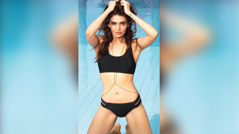 Karishma Tanna's steamy photos have set the Internet ablaze, view photos