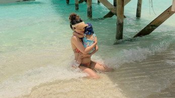 Soha Ali Khan's photo with daughter Inaaya Naumi Kemmu in Maldives will make will make you go awwww!