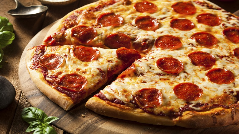pizza deliver, pizza delivery for terminally ill man, pizza delivery for dying man, pizza delivery 200 miles away, good news, stranger kindness, viral news, US, Indianapolis, Steve's Pizza Michigan
