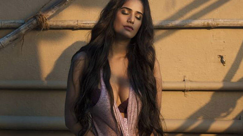 Poonam Pandey Barely Shies Away From Posing Naked To The Camera