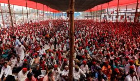 Over 20,000 farmers, tribes to protest in Mumbai today at Azad Maidan