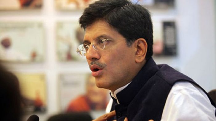 Piyush Goyal heckled by agitated railway employees at Lucknow event