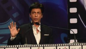Shah Rukh Khan at Kolkata Film Festival 2018 says he is not intelligent enough to give inspirational speeches