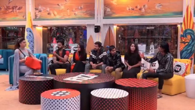 Bigg Boss 12 Day 99 Episode 100 December 24 2018 written updates: Housemates receive Christmas gifts from Urvashi Rautela