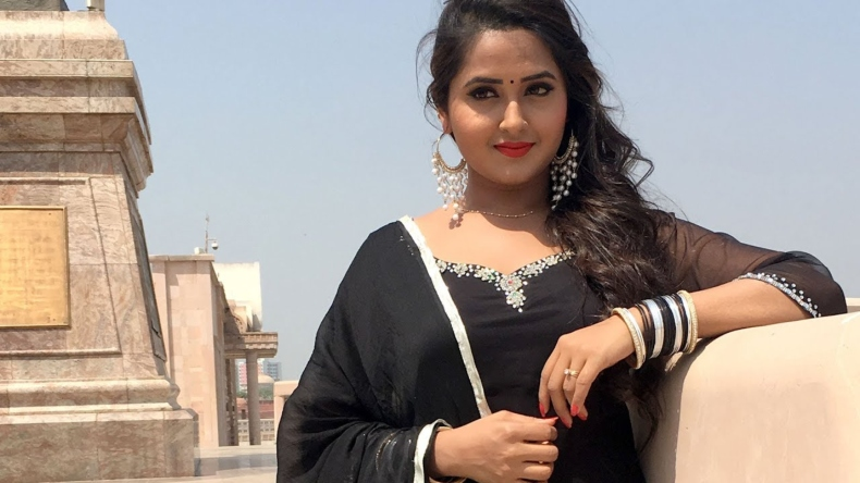Kajal Raghwani Sexy Photos Watch Bhojpuri Diva Going From Cute To Hot In Just 7 -6885