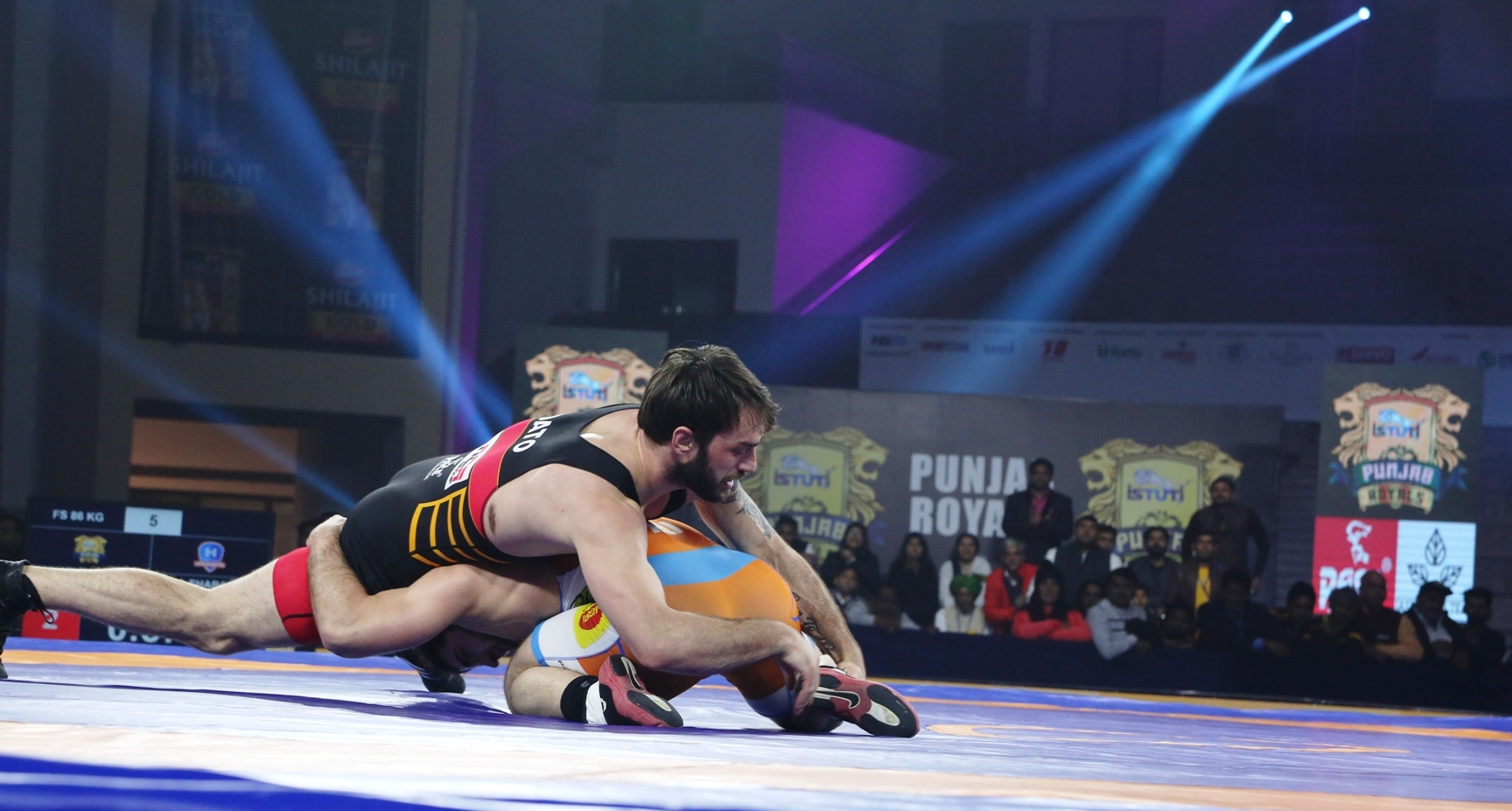 Dato of Punjab Royals comes from behind in a dramatic fashion against Ali Shabanov of Haryana Hammers