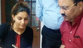 Sapna Chaudhary joins Congress: This is how Tweeple reacted to Haryanvi superstar's induction
