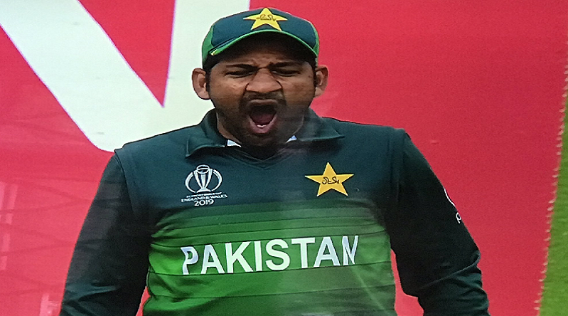 India beat Pakistan: Sarfaraz trolled for yawning, ignoring PM Imran Khan's advice to bat first, Shoaib Malik for dismal performance