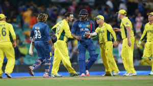 icc cricket world cup 2019, sri lanka vs australia world cup 2019, karunaratne, david warner, lasith malinga