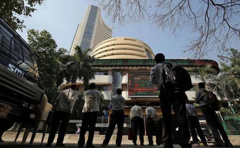Sensex currently at 39,580.12, up by 214.28 points, Nifty at 11,846.40, up by 57.55 points