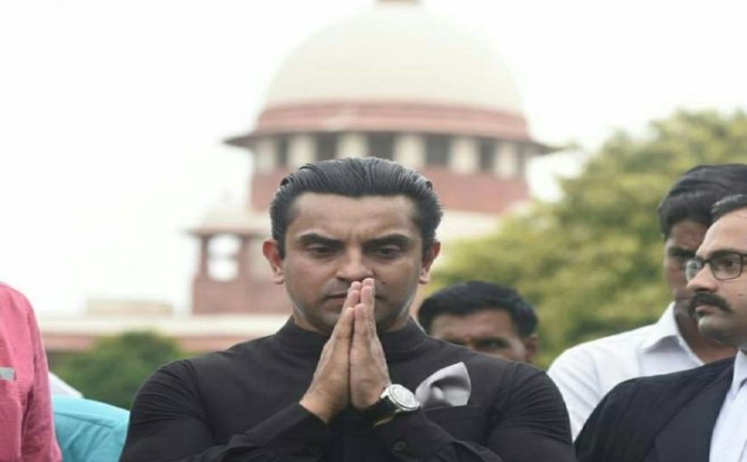 Article 370 Kashmir News: Supreme Court rejects Tehseen Poonawalla's urgent hearing plea for curfew withdrawal in Jammu and Kashmir