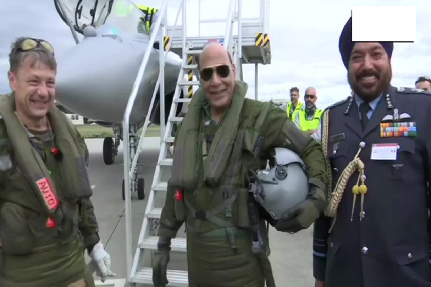Rajnath Singh receives Rafale